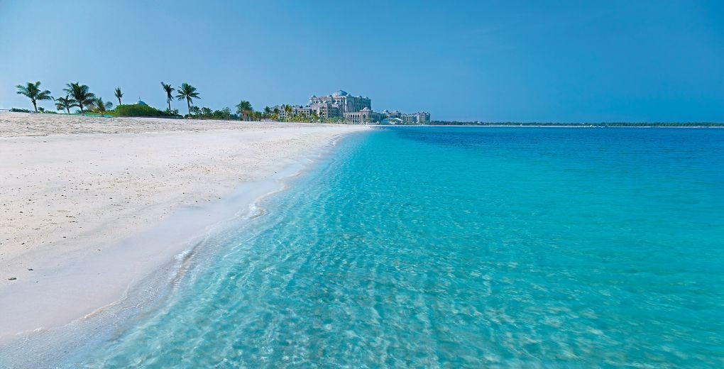 01_emirates_palace_Beach