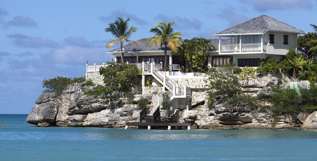 01_blue_waters_Rock_Cottage_Villa