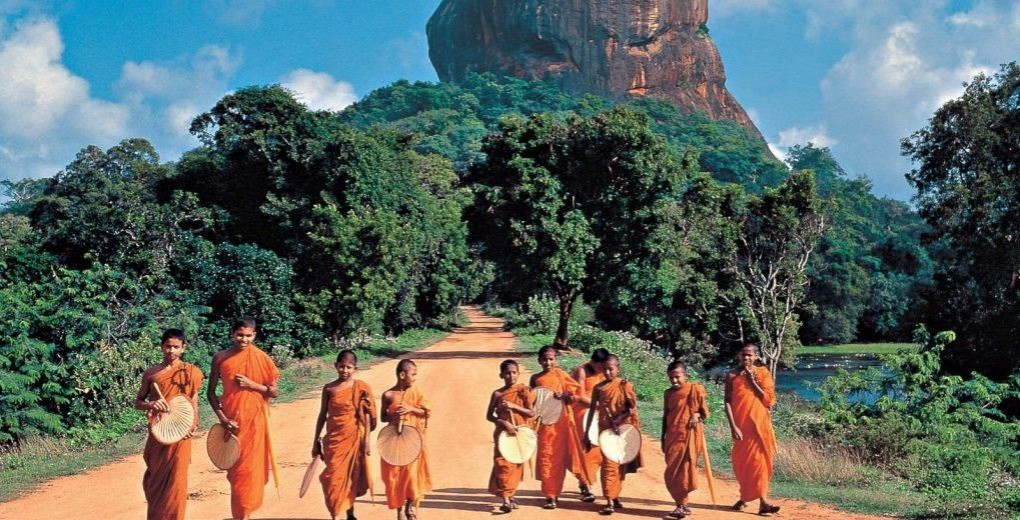 Sigiriya_Rock_Fortress_20000903
