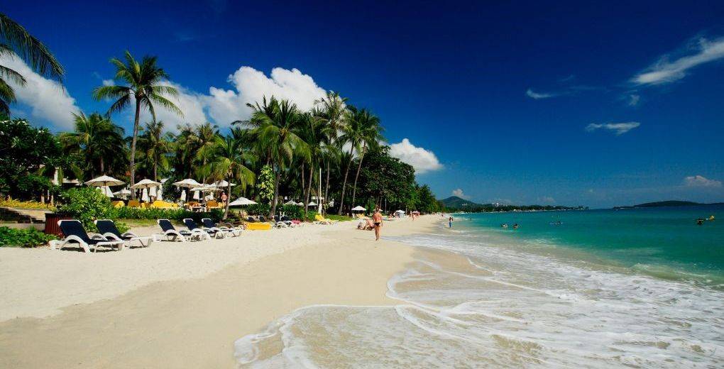 01_centara_grand_beach_samui_Beach
